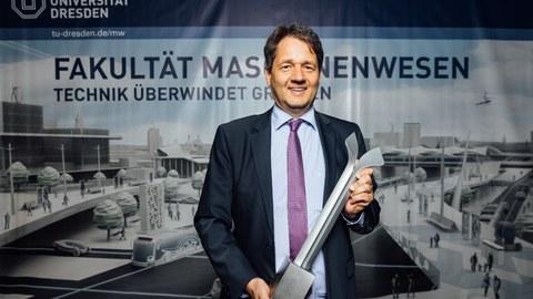 Herr Prof. Beitelschmidt als Preisträger für Innovative Lehre 2021