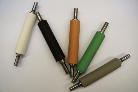 Kautschukwalzen für Textilherstellung (Streckmaschine) - Verschiedene Mischungen mit unterschiedlichen Eigenschaften und unterschiedlichem thermischen Verhalten