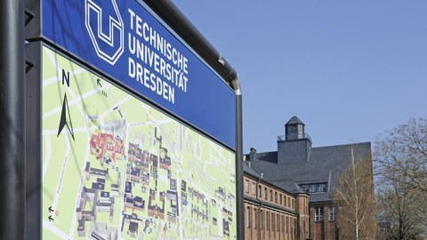 Orientierungstafel der Uni Dresden