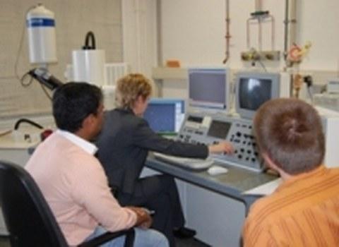Feldemissions-Rasterelektronenmikroskop