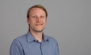 Portraitbild von Andeas Hornig, stellverstretender Fachgruppenleiter Numerische Prüfverfahren am ILK