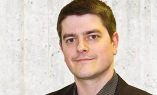 Portraitbild von Thomas Kunz, Mitarbeiter Öffentlichkeitsarbeit am ILK