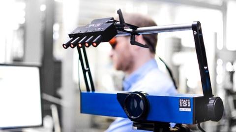 Mit Autoshear soll vor allem kleinen und mittleren Unternehmen der direkte Zugang zur Shearografie erleichtert werden.