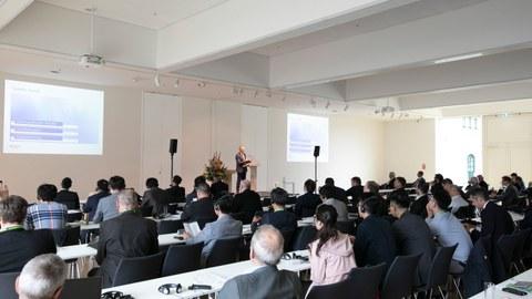 200 Experten aus dem In- und Ausland diskutierten Lösungsansätze zu den Themenfeldern Digitalisierung, Urbanisierung, Mobilität und Ressourcenverfügbarkeit.