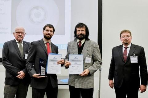 ILK wins AVK Award for high-performance composite radial impeller. from left to right: Dr.-Ing. Rudolf Kleinholz (Chairman of the AVK Innovation Award Jury), Dipl.-Ing. Martin Pohl (ILK), Dr.-Ing. Peter Hermerath (FLT), Prof. Dr.-Ing. Jens Ridzewski (AVK)