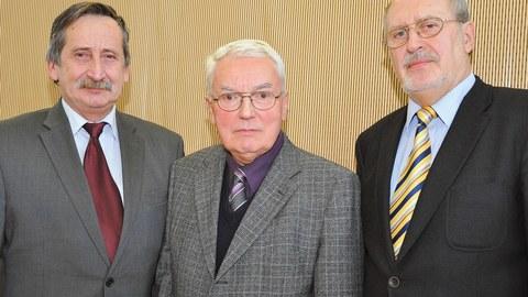Die Professoren Volker Ulbricht, Peter Offermann und Werner Hufenbach (v.l.n.r.)