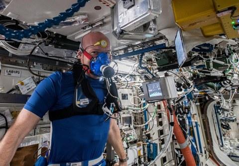 MetabolicSpace: Astronaut Alexander Gerst trainiert für die TU-Dresden
