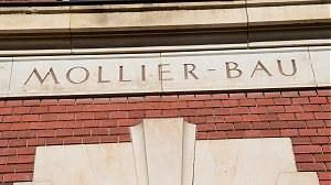 Mollier-Bau Inschrift über Eingangstür