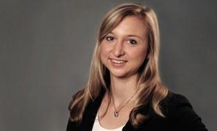 Portraitfoto Carolin Schott