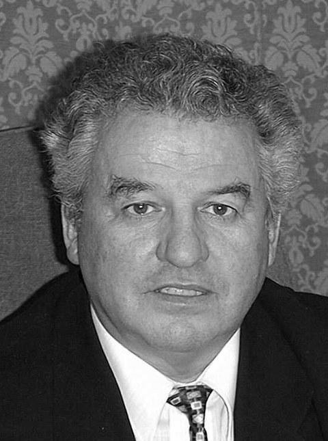Professor Gerhard Kühne