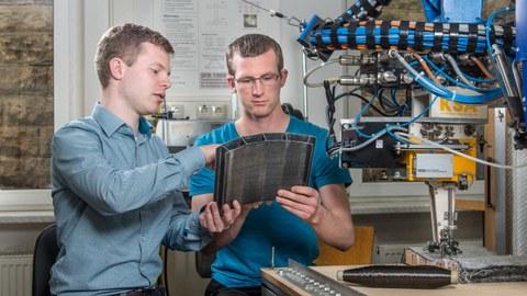 Mitarbeiter bei Forschungsarbeiten