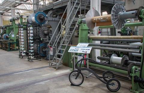 Weaving machines at Walter-Frenzel-Bau