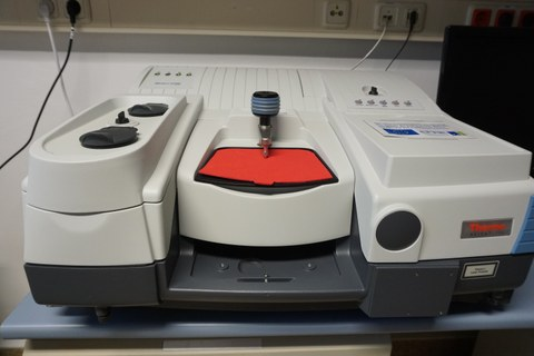 Infrarotspektrometer
