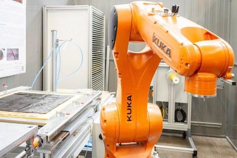 Roboter KUKA KR 6 R900 sixx