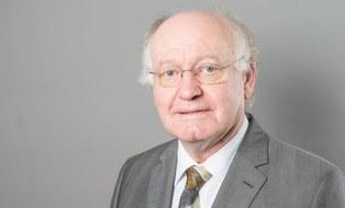 Prof. Heinrich