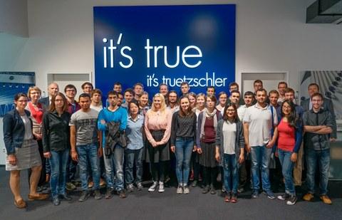 Studentengruppe des ITM bei der Firma Trützschler in Mönchengladbach