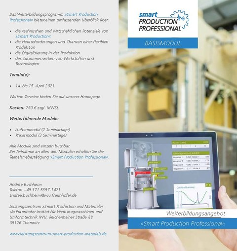 "Flyer mit Informationen zum Weiterbildungsangebot ""Smart Production Professional"""