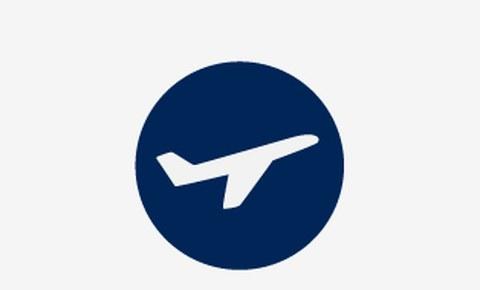 Grafik: ein weißes Symbolbild von einem Flugzeug in der Seitenansicht auf blauem runden Hintergrund