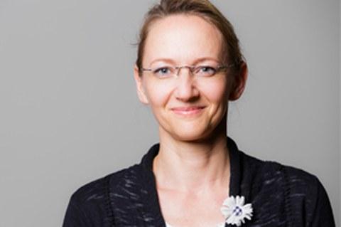 Porträtfoto von Frau Kathrin Mende