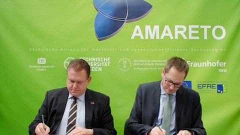 Kooperationsvertrag zwischen HWK Dresden und ILK