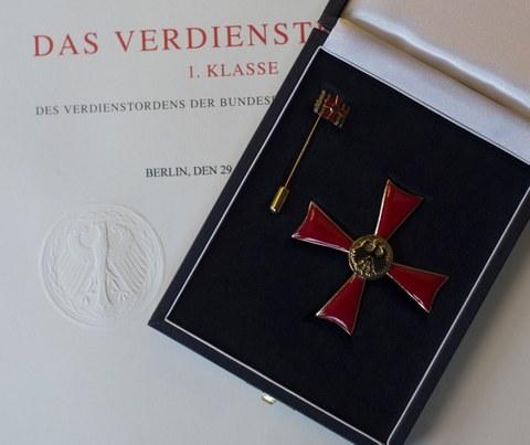 Foto des Bundesverdienstordens der Bundesrepublik Deutschland.
