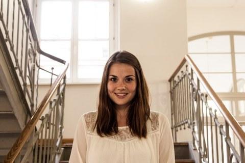 Portraitfoto von Johanna Popp.