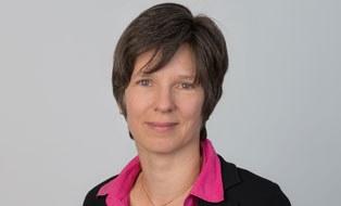 Porträtfoto von Professorin Katja Bühler