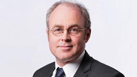 Porträtfoto von Professor Jochen Fröhlich