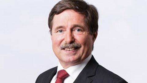 Porträtfoto von Professor Uwe Füssel