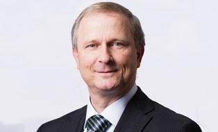 Porträtfoto von Professor Uwe Hampel
