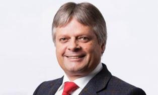 Porträtfoto von Professor Hubert Jäger