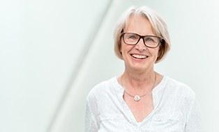 Porträtfoto von Frau Professorin Sybille Krzywinski