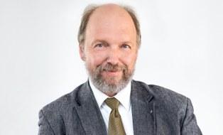 Porträtfoto von Professor Stefan Odenbach