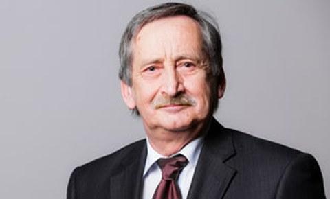 Porträtfoto von Professor Volker Ulbricht