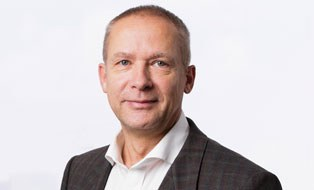 Porträtfoto von Professor André Wagenführ