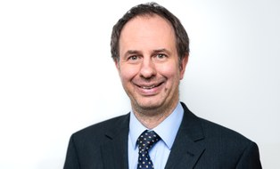 Porträtfoto von Professor Thomas Wallmersperger