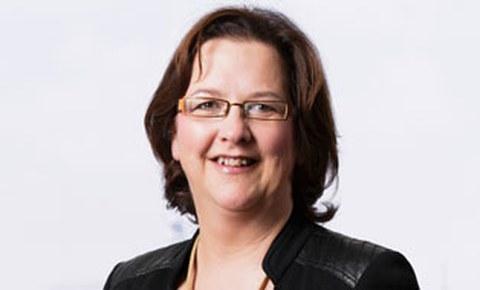 Portraitfoto von Professorin Zimmermann