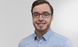 Porträtfoto von Herrn Jonas Tiepmar