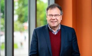Porträtfoto von Herrn Professor Uwe Aßmann