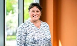 Porträtfoto von Frau Dr. Anja Blüher