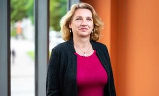 Porträtfoto von Frau Brita Heinze