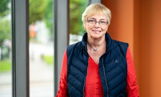 Porträtfoto von Frau Dr. Angelika Körting