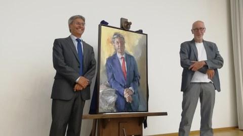 Enthüllung des Rektorenporträts Prof. Hans Müller-Steinhagen, gemalt von Johannes Heisig. Rektor und Künstler