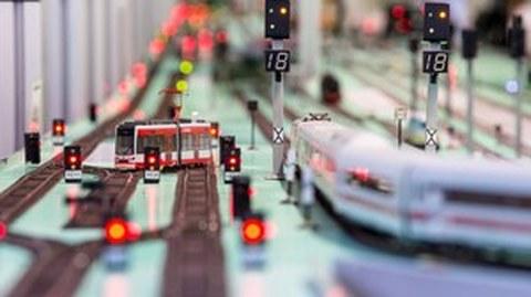 Modelleisenbahn des Eisenbahnbetriebslabors