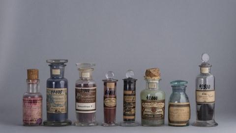 Frühe synthetische Farbstoffe verschiedener Hersteller, ab 1860