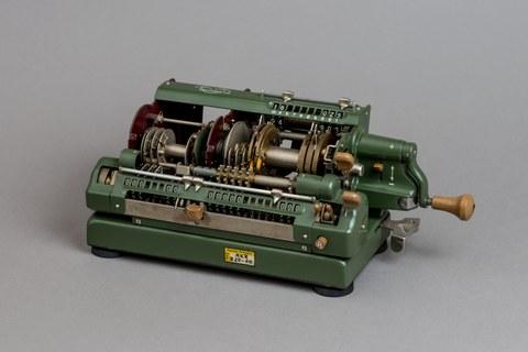 Schnittmodell Rechenmaschine