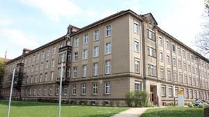 Ansicht Gebäude Haus 105 auf dem Campus der Medizinisches Fakultät