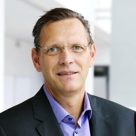 Prof. Buchholz