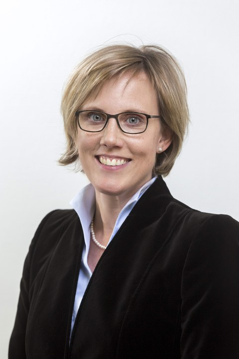Prof. Esther Troost