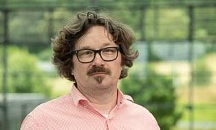Prof Oliver Zierau
